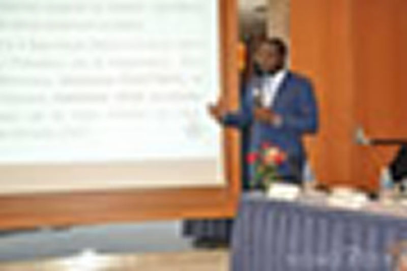 Périodicité de paiement des factures d'eau : Amédé Kouakou rassure les consommateurs et annonce le lancement de branchements sociaux